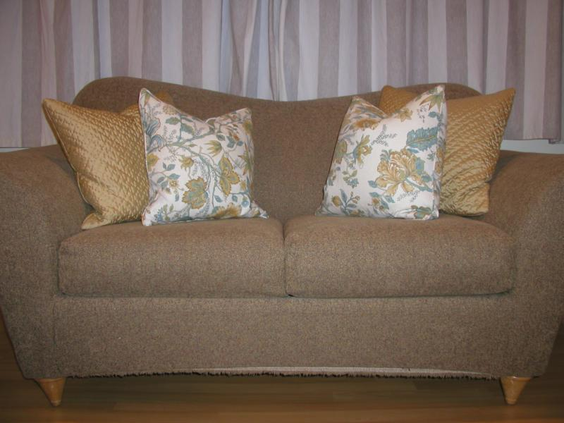 dont throw out the couch add throw pillows - Couch With Throw Pillows
