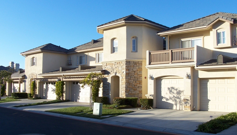 Somerset Gardens Townhomes in Santa Maria, CA