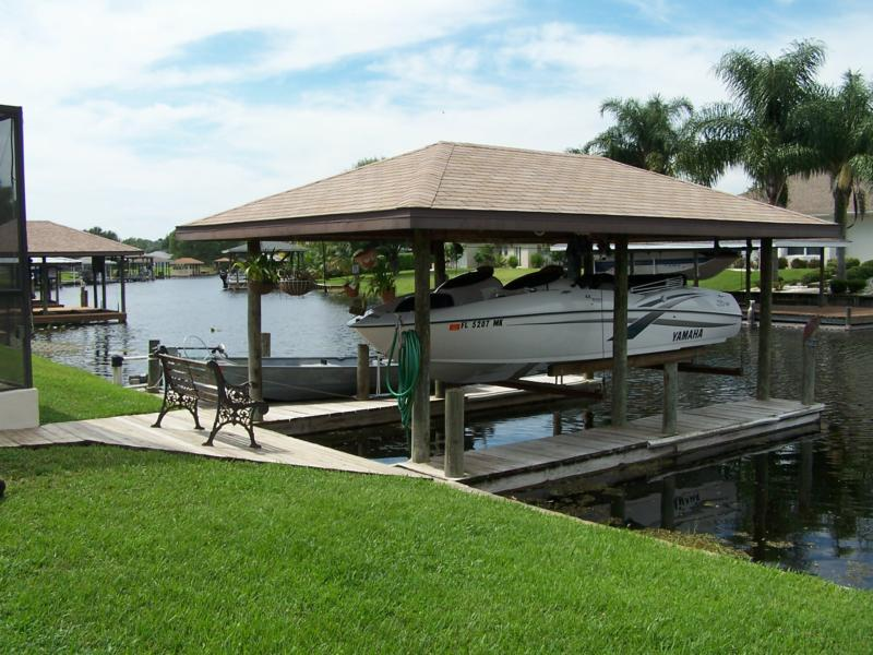 Singles in lake placid fl Lake Placid, FL 3 bedroom, 2 bathroom Single Family Home For Sale By Owner,