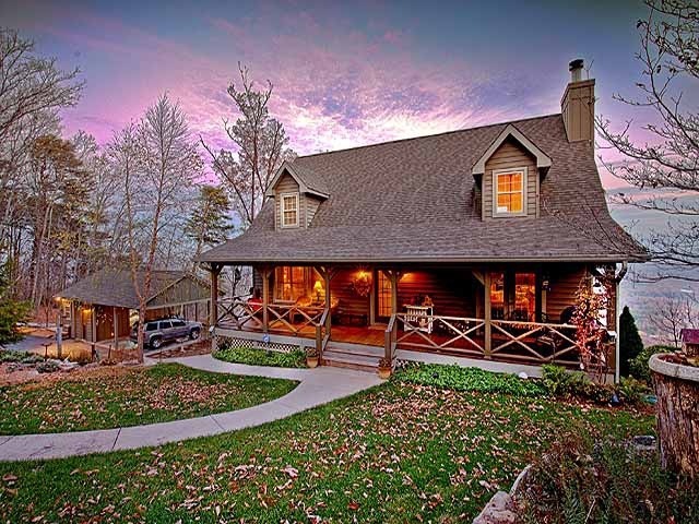 Beautiful mountain brow home with in law suite and acreage for Custom home builders chattanooga tn