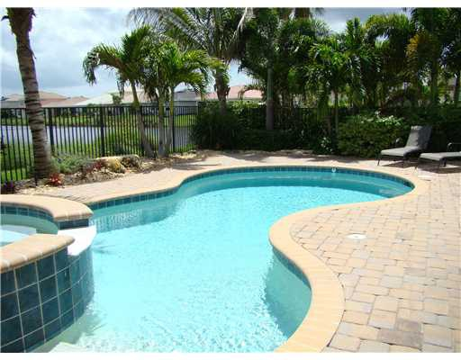 4 Bedroom 4 Bath Pool Home For Sale In Paloma Palm Beach
