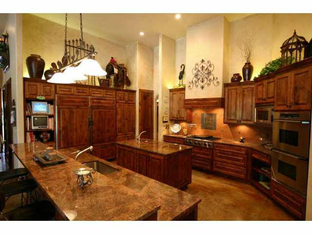 luxury home on acreage austin tx