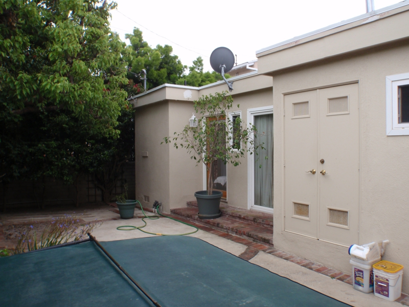 Fixer upper homes in Pacific Palisades, Endre Barath