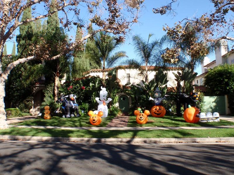 Halloween in Beverly Hills,CA