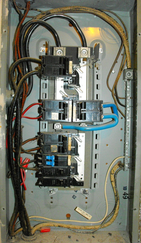 ar130912268199528 my electrical panel has no main breaker is that a problem? wiring a main panel at virtualis.co