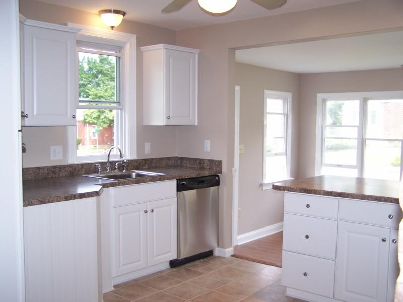 Kitchen Features Plenty of Cabinets and Counterspace