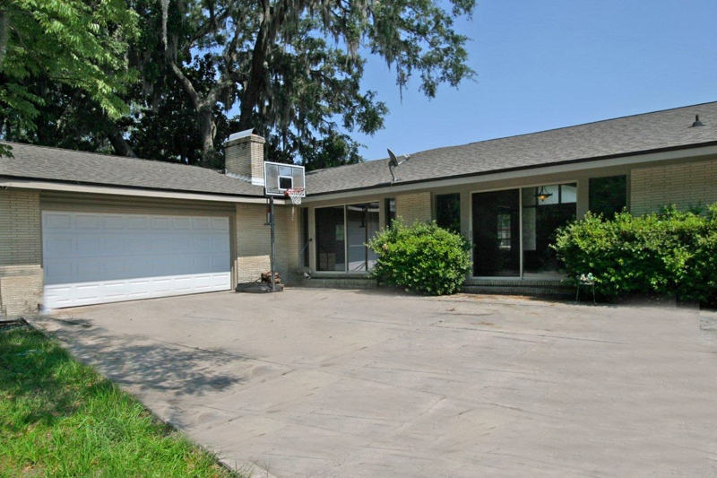 San Jose Forest 4 Bedroom 3 5 Bathroom Home For Sale In Jacksonville Florida