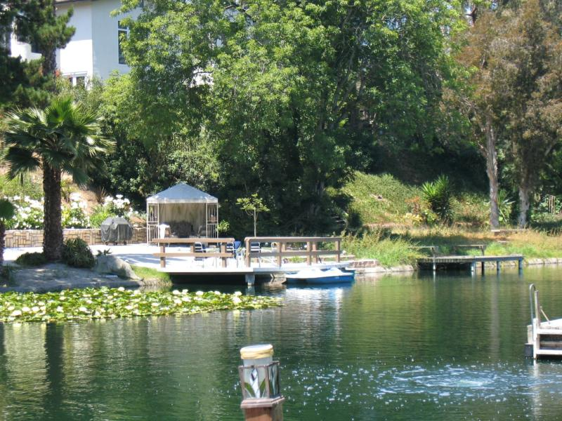 Have you heard of cherry lake in newport beach for Balboa lake fishing