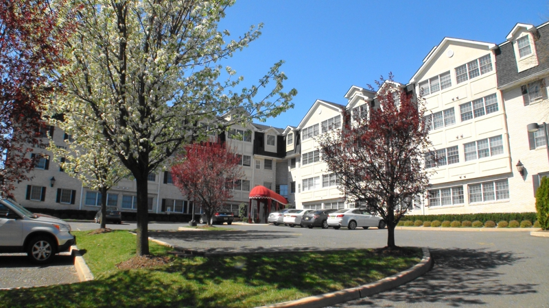Westbury Condo For Sale - Everything A Hackensack Condo Buyer Wants!