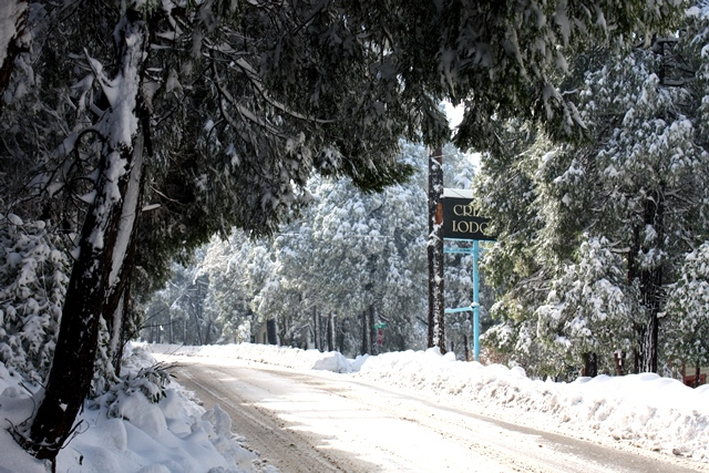 c89be47b27b Winter conditions in Lake Arrowhead and Crestline