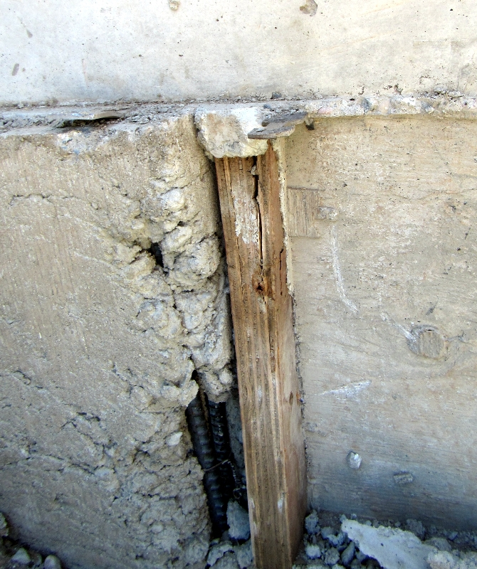 exposed rebar in foundation Wenatchee Home Inspections