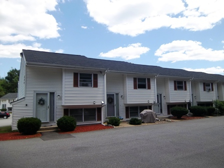 fox hollow condominiums Manchester NH