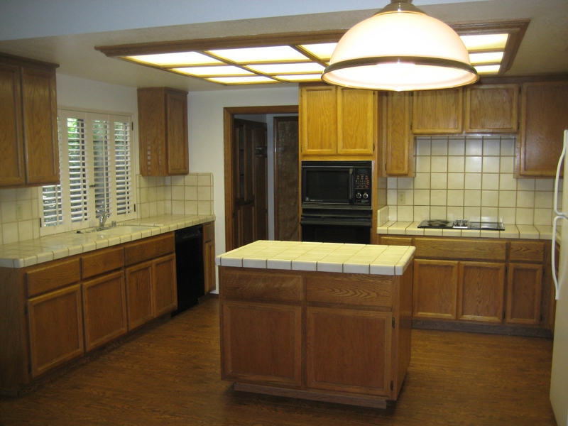 Gold River Home for Rent - 4 Bedrooms - $1,845 p/month