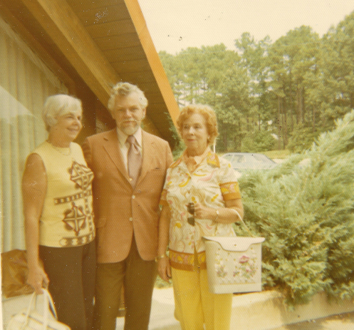 Frank Redelius with his wife, Mary Gray (right) and his sister-in-law, Anna Garland (left)