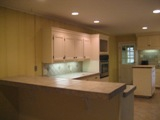 Kitchen w/Island & Breakfast Bar