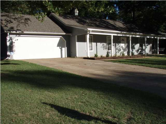 114 Pebble Ln, Clinton, MS  39056