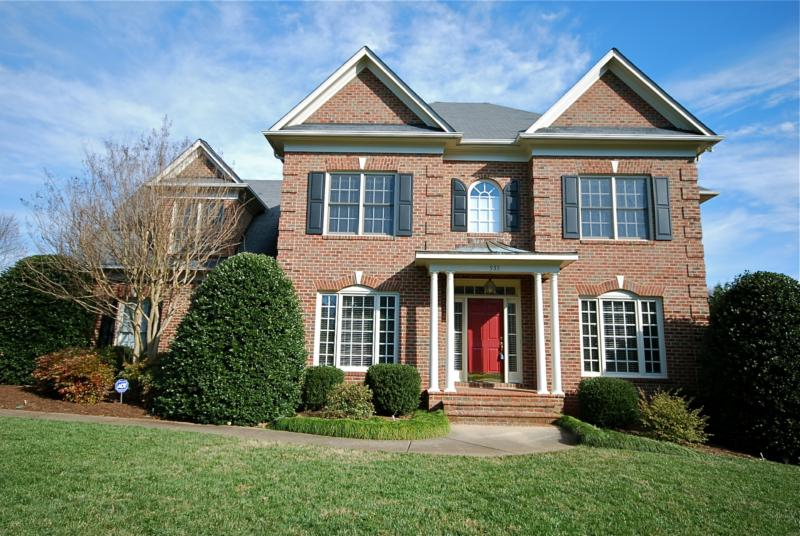 4 bedroom home for sale in st george place charlotte nc