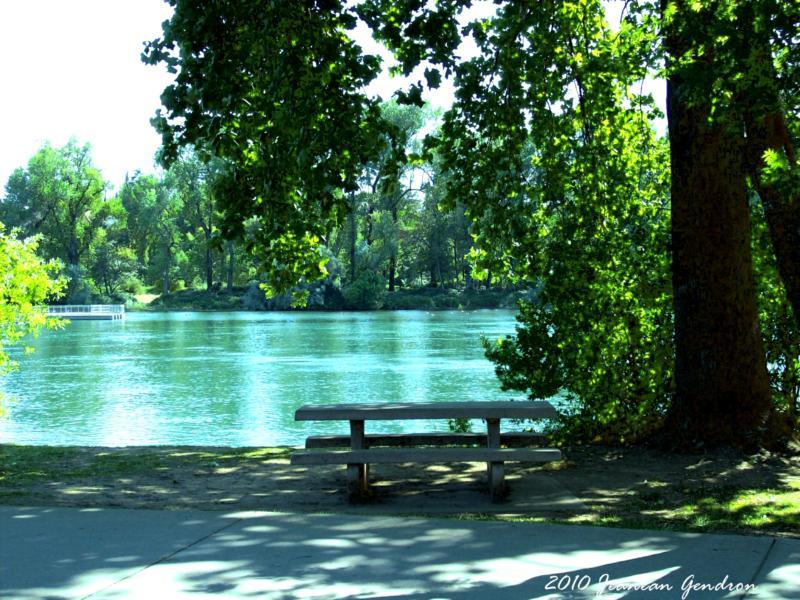 Redding ca caldwell park the park by the sacramento for Fishing store sacramento