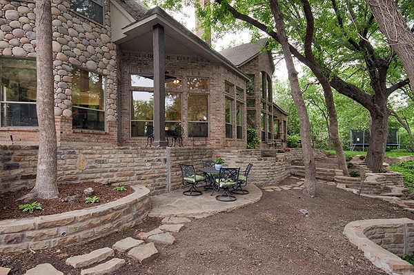 1000 images about brick house on pinterest brick and for River rock house plans