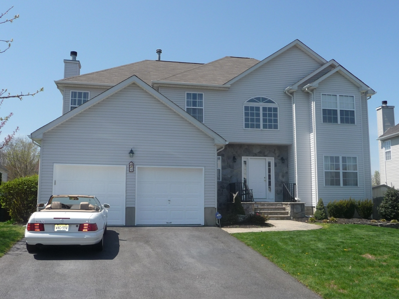 Awesome HOMES FOR SALE IN OLD BRIDGE NJ. Open House At 9 Reagan St., Old Bridge Sun  May 1st 1 4