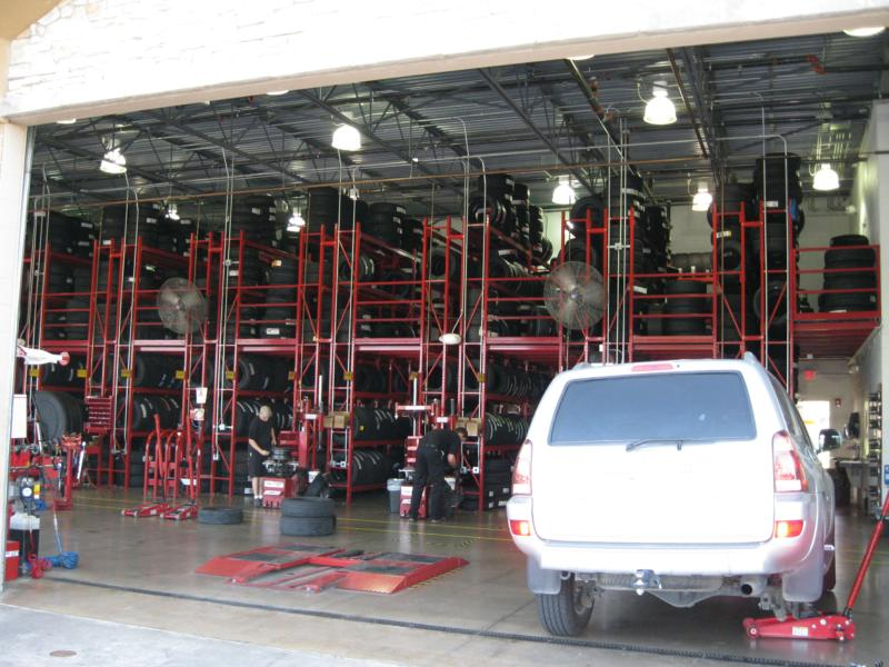 Discount Tire Store Hours >> Discount Tire In Bee Cave Tx Great Customer Service