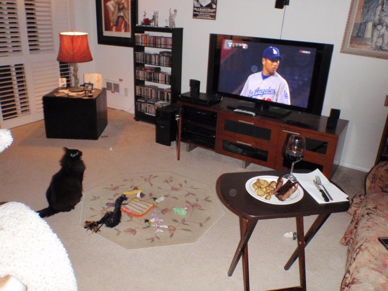 Douggy & Endre watching pre-season baseball