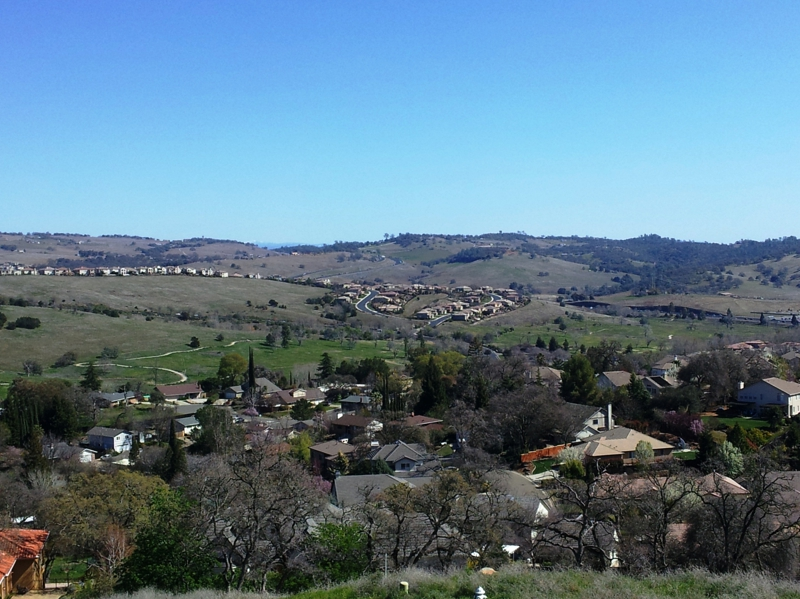 Views of El Dorado Hills and Serrano from Ridgeview.