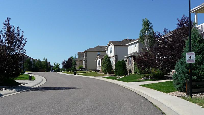 Lantern Hill Highlands Ranch CO neighborhood street