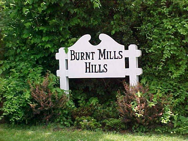 Burnt Mills Hills sign