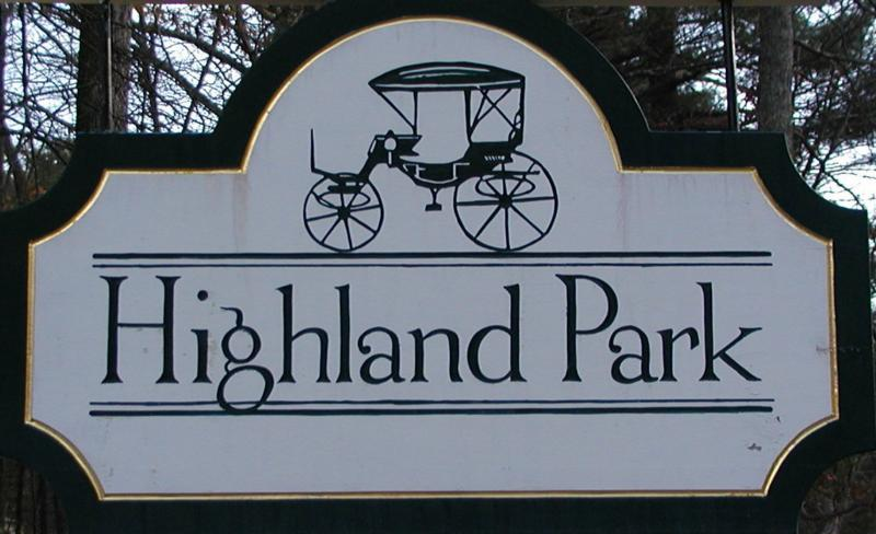 Highland Park Sign - Claudette Millette