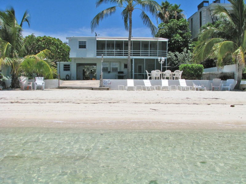 Awesome water bedrooms - The Florida Keys Real Estate Conchquistador Sandy Beach In Your