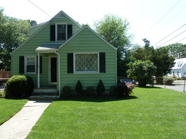 Homes for sale New canaan CT 06840
