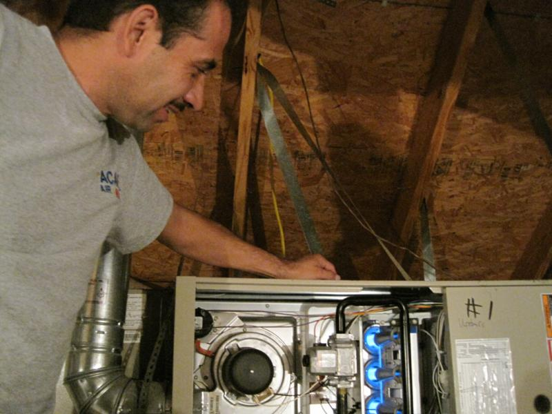 Alex Castelan of Dallas ACAR Air Conditioning & Heating