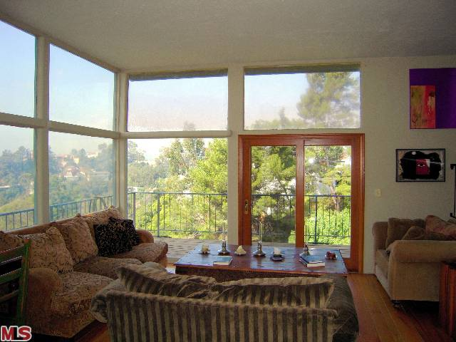 Bank Approved Beachwood Canyon Short Sale in the Hollywood Hills