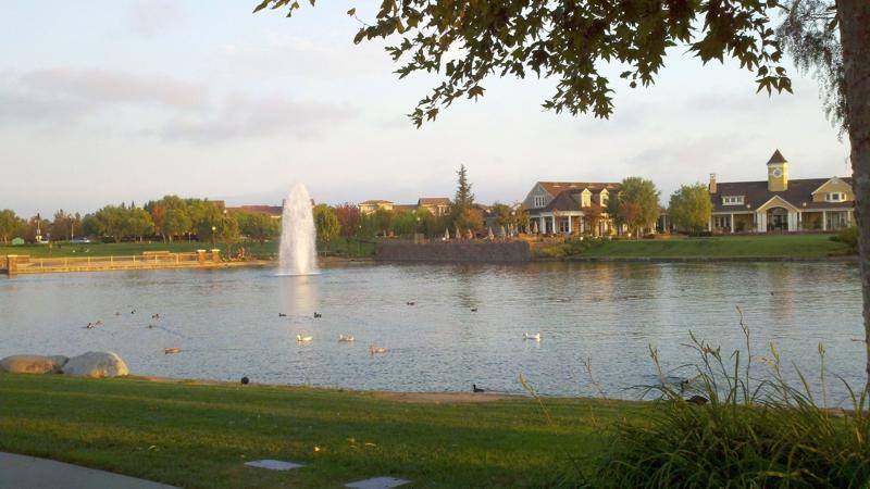 Harveston Lake