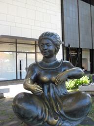 waikiki sculpture