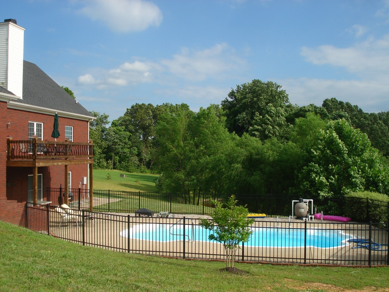Homes With Swimming Pools In Clarksville Tn