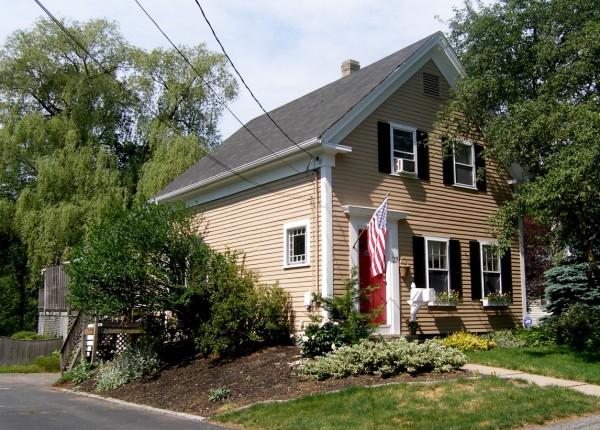 27 Pleasant Street Holliston Massachusetts