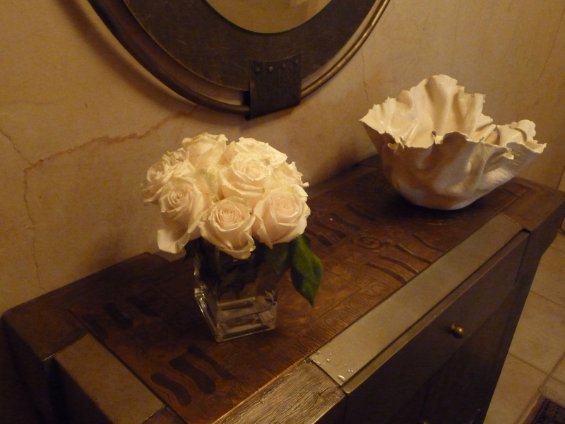 roses and porcelain Homerome 410-530-2400
