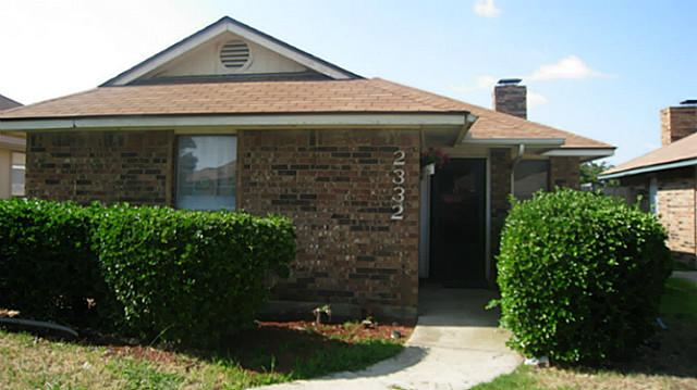 Find real estate homes for sale houses for rent on for Buy house in dallas texas
