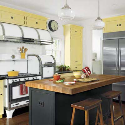spiced-up kitchen color combos, is this the newest trend?
