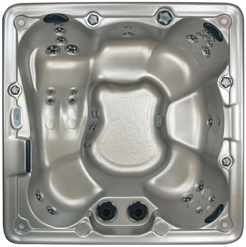 E 530 Hot tub from Marquis