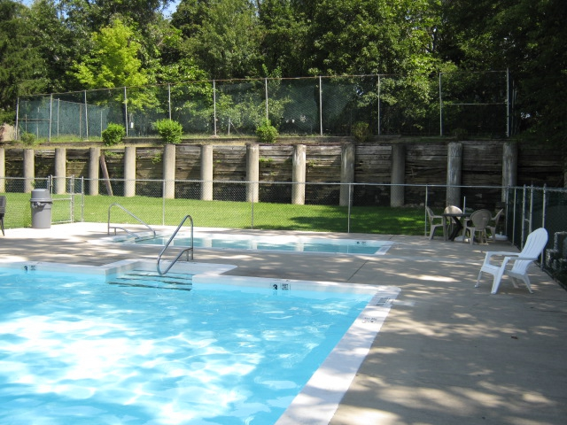 Green Mountain Condominiums Thiells New York 1 bedroom 2 bedroom - kiddie pool