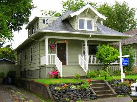 portland ore home buyer 39 s andy and dawn hit gold