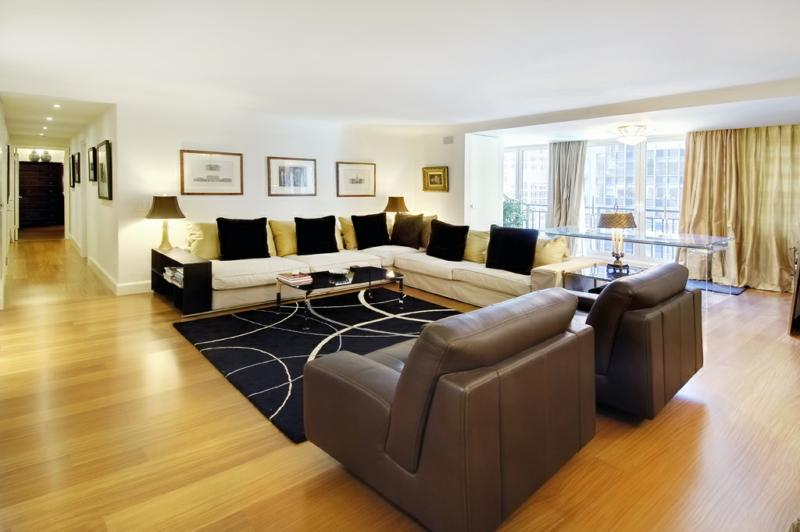 New Listing Hidden Treasure In Midtown Manhattan Lou Snitkin - Midtown ny apartments