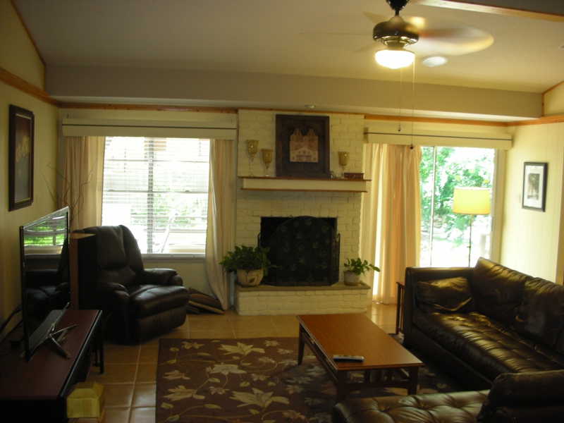 Family Room at 11239 Whispering Oaks
