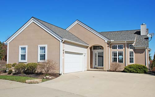 2580 Walton Blvd. Twinsburg Ohio 44087 Golf Course Views