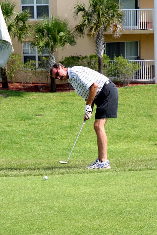 Playing golf in Harbour Village, Ponce inlet