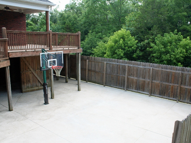 basketball at 205 Princess Ct