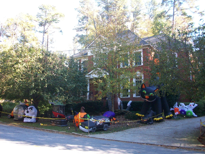 brookhaven halloween decorations supersized halloween 2010